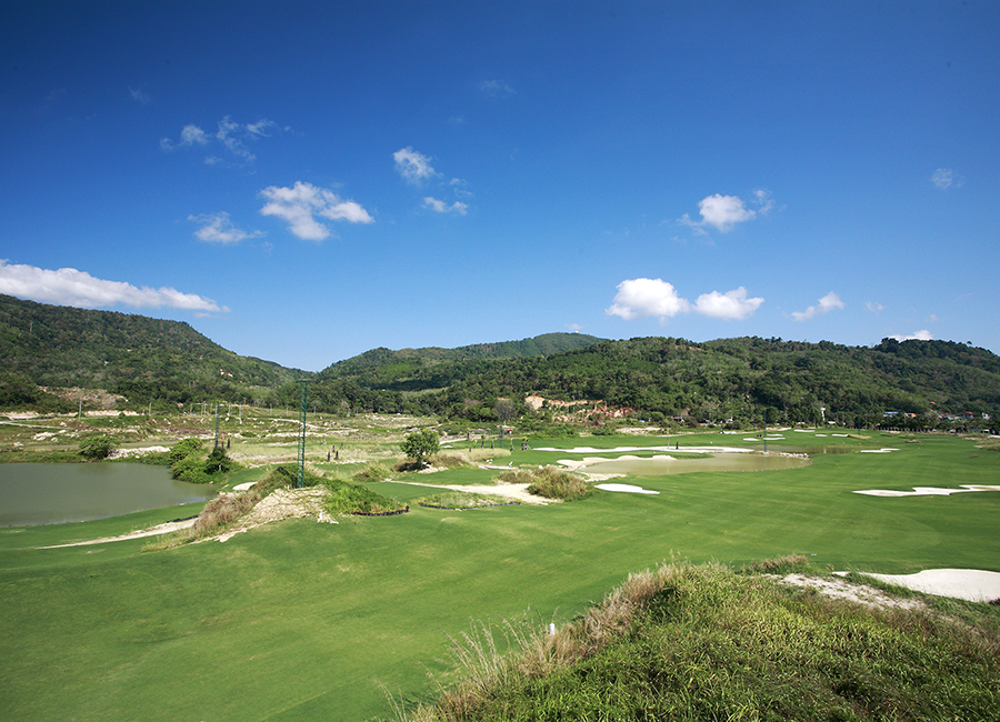 Phunaka Golf Course (9hole)